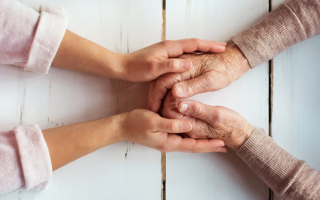 Home Care Agencies vs. Independent Caregivers: Which Should You Choose?