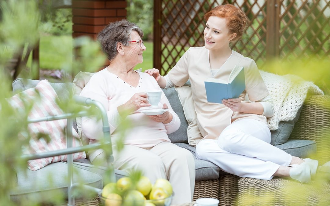 4 Popular Roles Caregivers Play in Enriching the Lives of Seniors